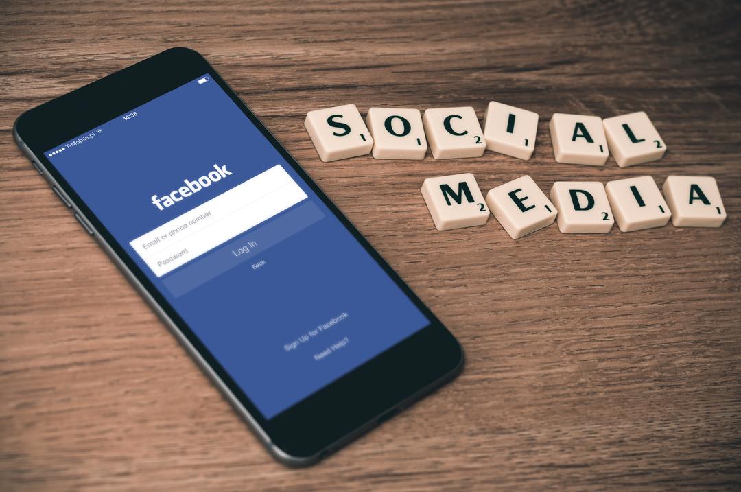 Ofensa a médico no facebook gera indenização